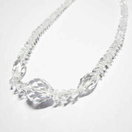 水晶カット八角天然石ネックレスの水晶ネックレス
