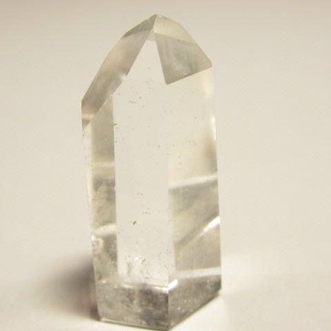 天然石・水晶六角柱原石・水晶ポイント115