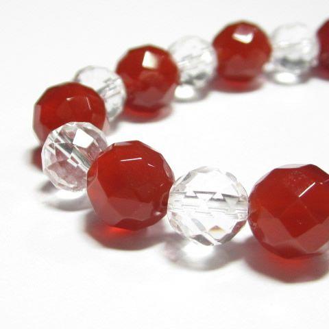 魔除けの開運の紅白ブレスレット・赤メノウ10mm64面カット 水晶8mm64面カット交互 のパワーストーンブレスレット